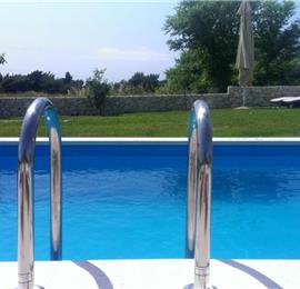 Villa with pool and large garden in Split sleeps 4-6