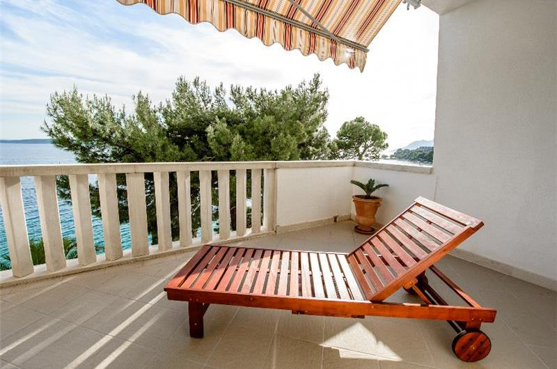 Two bedroom apartment located directly on Brela beach sleeps 4-5