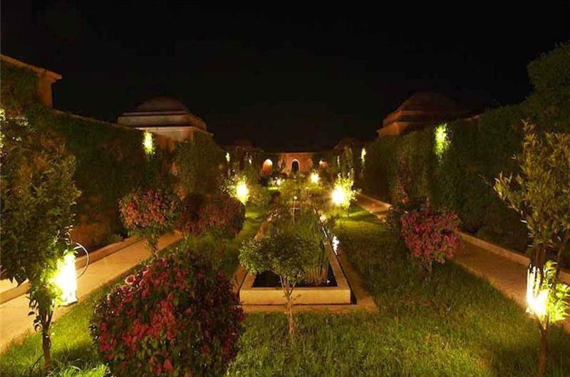 3 Bedroom Catered Villa with Pool near Marrakech, sleeps 6