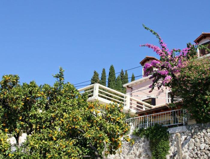 4 Bedroom Villa in Cavtat nr Dubrovnik, Sleeps 8-10
