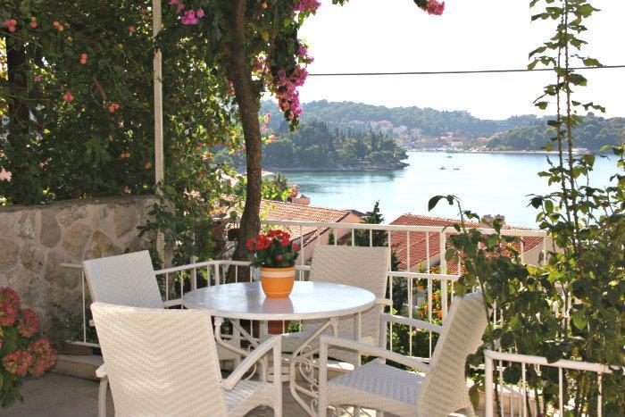 6 Bedroom Villa in Cavtat nr Dubrovnik, Sleeps 12-15