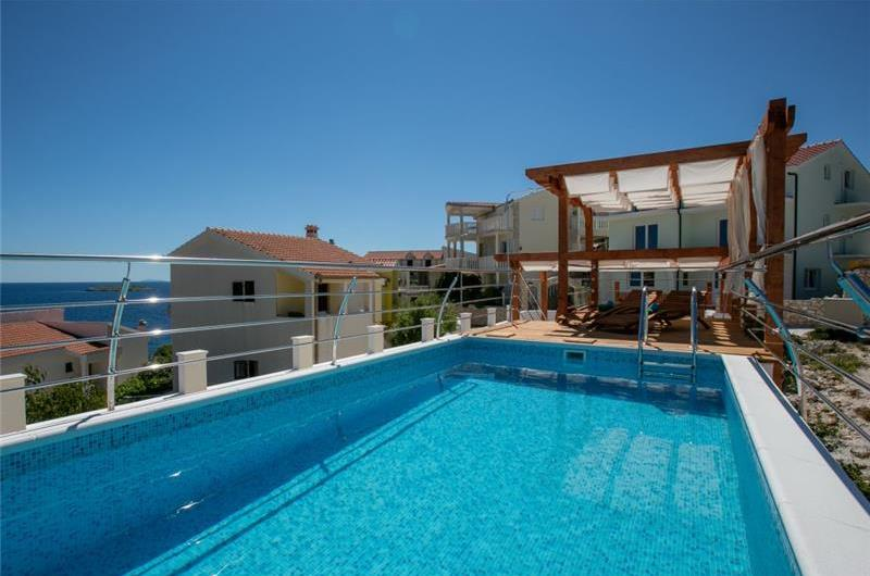 4 bedroom Villa with Pool in seaside Sevid near Primosten, sleeps 8