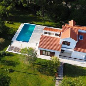 4 Bedroom Villa with Pool and Large Gardens near Dubrovnik, Sleeps 8