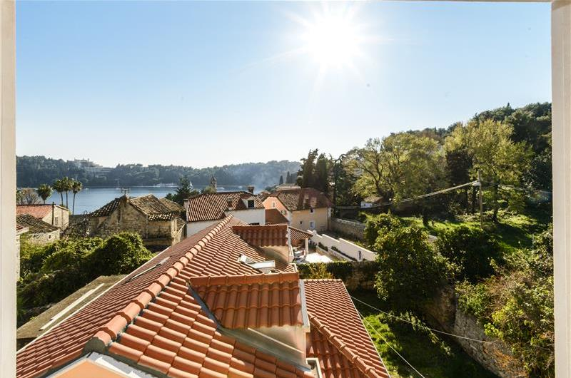 2 Bedroom Villa in Cavtat, Sleeps 4-5