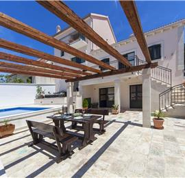 5 Bedroom Brac Island Villa with Pool in Seaside Village of Povlja, sleeps 10-12