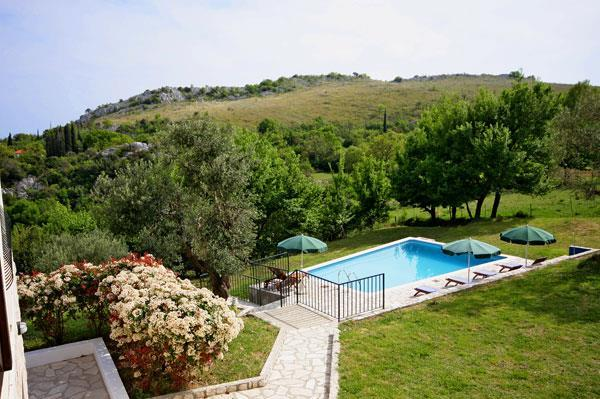 6 Bedroom Villa near Dubrovnik, Sleeps 12-20