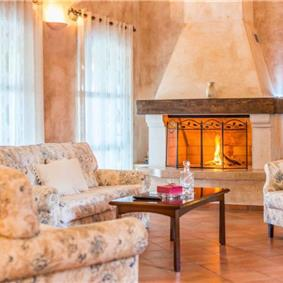 3 Bedroom Elegant Istrian Villa with Pool near Visnjan, sleeps 6-8
