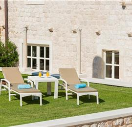 Luxury 6 bed villa with pool and large grounds in Zaton, Dubrovnik Region - sleeps 12-14