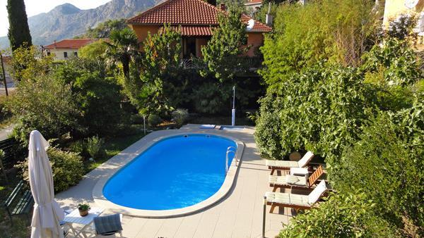 3 Bedroom Villa with Pool in Konavle near Dubrovnik, sleeps 6-8