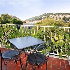 3 Bedroom Apartment in Lapad Bay, Dubrovnik, Sleeps 6