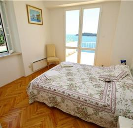 2 Bedroom Villa with pool in Dubrovnik, Sleeps 4