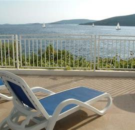 3 Bedroom Sea Front Apartment near Trogir sleeps 6-7