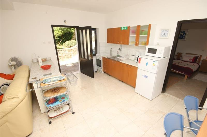 5 Bedroom Sea Front Villa near Trogir sleeps 10-11