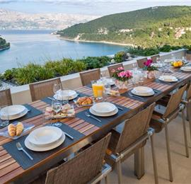 Luxury 6 Bedroom Villa with Heated Pool and Sea Views in Pucisca, Brac Island - Sleeps 14-18