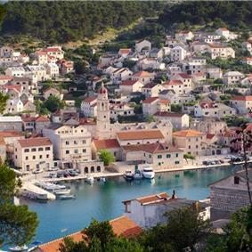 Luxury 6 Bedroom Villa with Heated Pool and Sea Views in Pucisca, Brac Island - Sleeps 14-16
