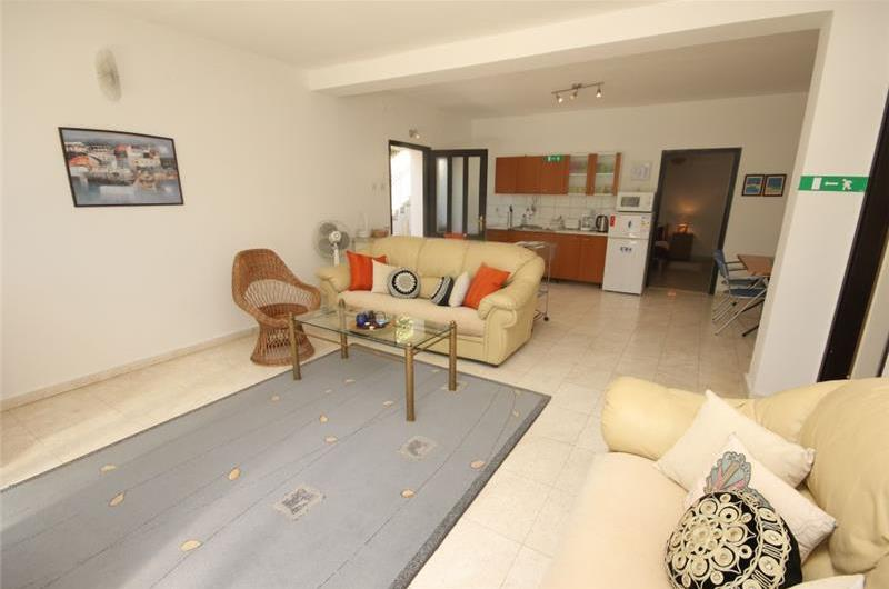 2 Bedroom Seafront Apartment near Trogir, sleeps 4-5