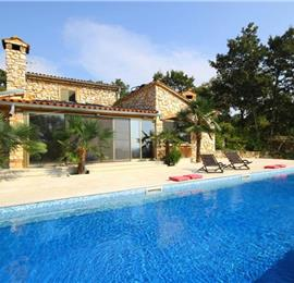 3 Bedroom traditional Istrian Villa with Pool and Rovinj views, sleeps 6-8