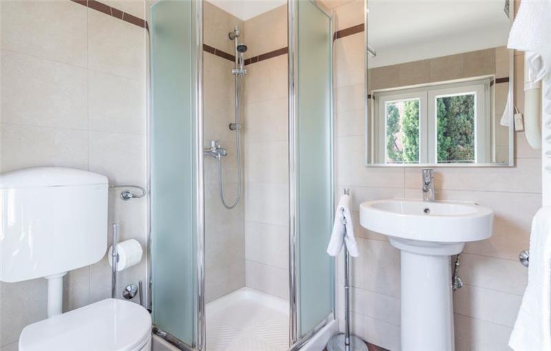 Charming 2 Bedroom Villa in Rovinj, sleeps 4-5
