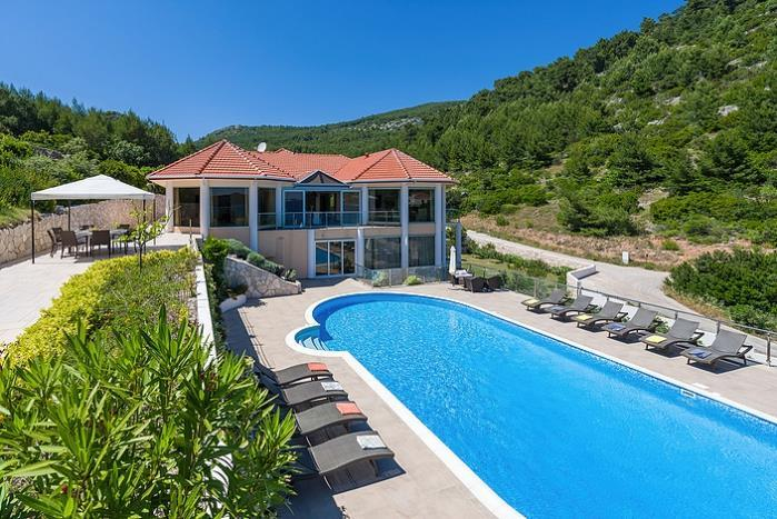 Luxury Villa with Large Pool in Stunning Bay near Vela Luka, Korcula - sleeps 14-17