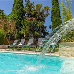 5 Bedroom Villa with Heated Pool in Dubrovnik, Sleeps 10