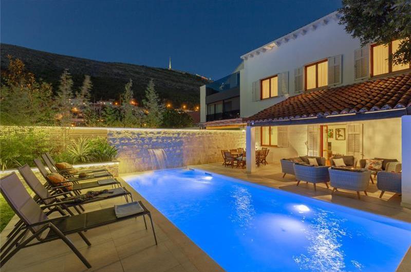 5 Bedroom Villa with Heated Pool in Dubrovnik, Sleeps 10-12