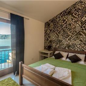 3 Bedroom Seafront Villa near Kotor, sleeps 6-8
