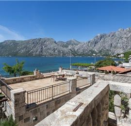 4 Bedroom Beachfront Villa with Annexe Apartments in Perast, sleeps 10-14