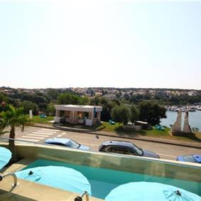 11 Bedroom Villa with Outdoor Pool and Indoor Penthouse Pool near Pula, sleeps 22-26
