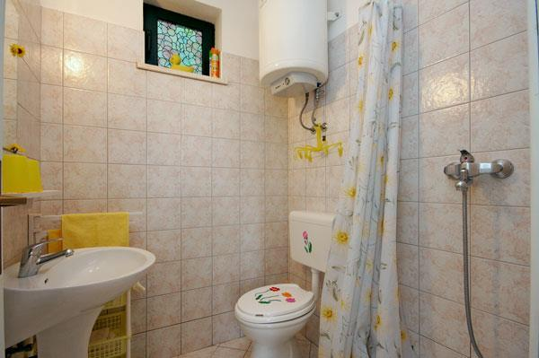 1 Bedroom Cottage in Dubrovnik, Sleeps 2