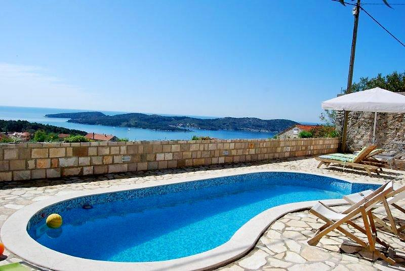 Apartment near Dubrovnik with shared pool to Rent for ...