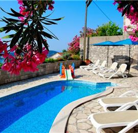 5 Bedroom Villa with Pool near Dubrovnik, Sleeps 10