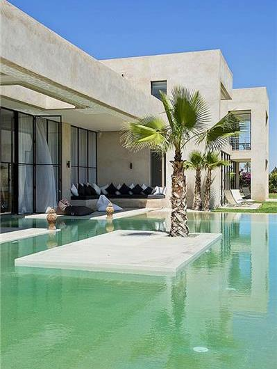 Luxury 5 Bedroom Villa with Indoor-Outdoor Pool and Tennis Court near Marrakech, sleeps 10