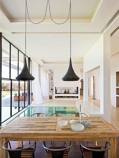 Luxury 5 Bedroom Villa with Indoor-Outdoor Pool and Tennis Court near Marrakech, sleeps 10