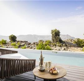 Selection of 1 Bedroom Villas with Pool near Nizwa, sleeps 2-3