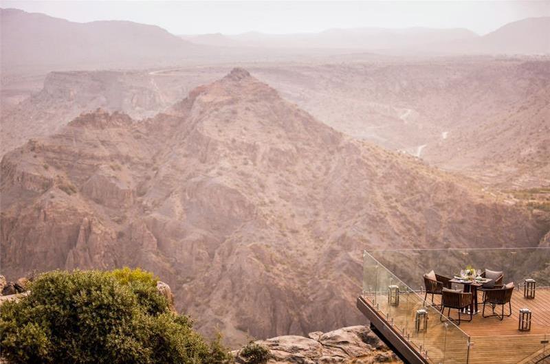 3 Bedroom Villa with Pool and Canyon Views near Nizwa, sleeps 6-9
