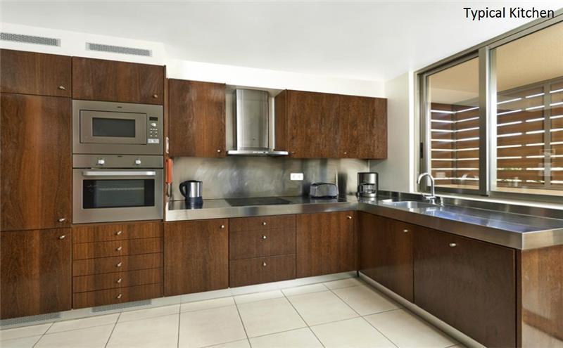 3 Bedroom Villa with Pool in Salgados, sleeps 6-7