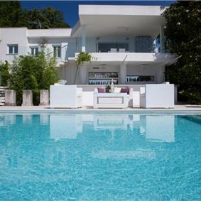 2 Bedroom Villa with Heated Pool, Tennis Courts and Sea Views near Opatija, sleeps 4
