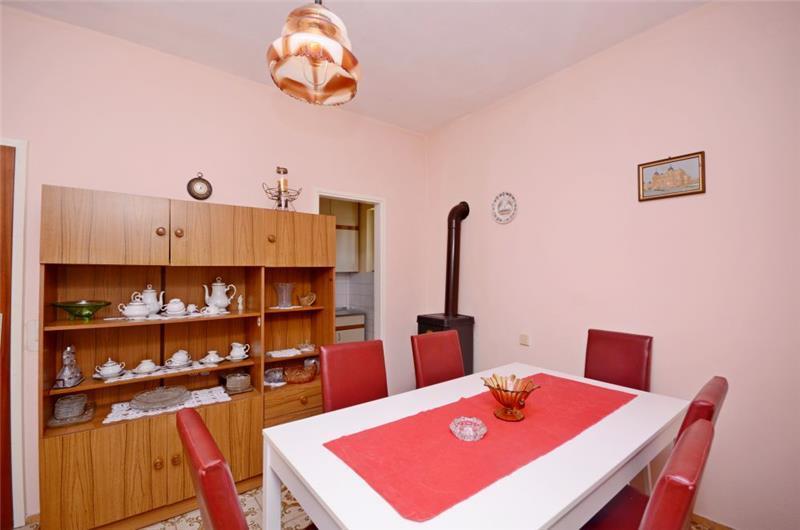 3 Bedroom Seaside Villa in Hvar Town, sleeps 6-8