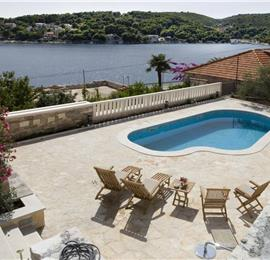 4 Bedroom Villa in Sumartin on Brac, Sleeps 8-10