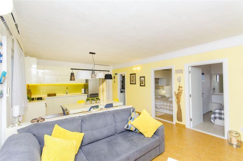 2 Bedroom Seaside Villa in Sevid, sleeps 4-6