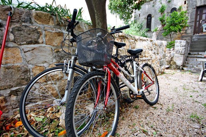 2 Bedroom Seafront House near Dubrovnik, Sleeps 4-6