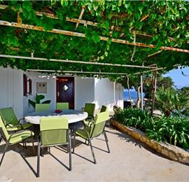 3 Bedroom Beachfront Villa near Podgora, Makarska Riviera, sleeps 6-8