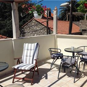 2 Bedroom Seaside Villa in Cavtat, sleeps 4-5
