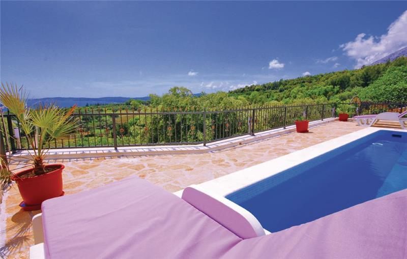 2 Bedroom Villa with Pool and Sea Views in Orebic, Peljesac, sleeps 4-6
