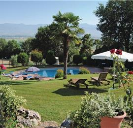 3 Bedroom Villa with Pool near Citerna, sleeps 6-7