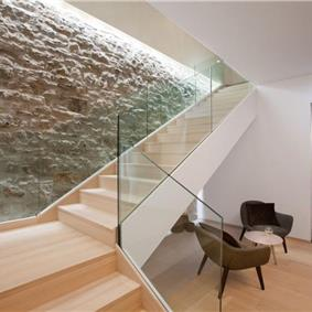 Luxury 4 Bedroom Beachfront Villa with Indoor Pool in Novigrad, sleeps 8-12
