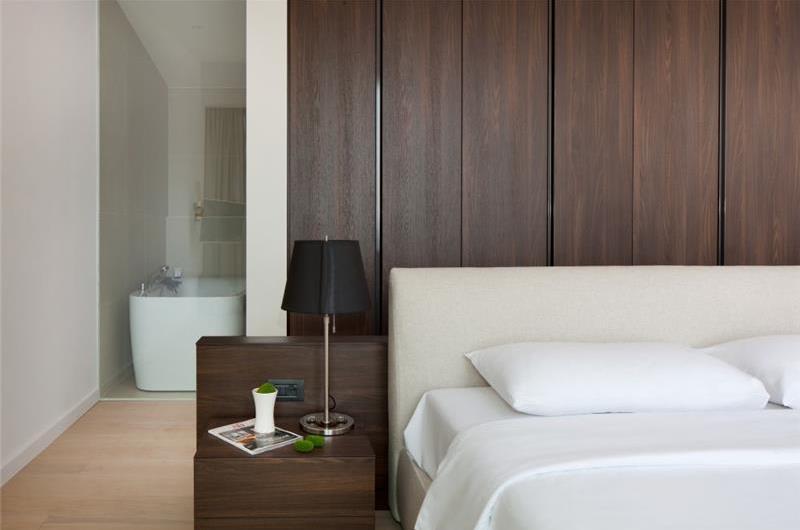 Luxury 5 Bedroom Beachfront Villa with Pool in Porec, sleeps 10-12