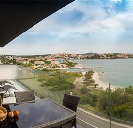 7 Bedroom Villa with Pool & Sea Views in Seget Vranjica near Trogir, sleeps 14-15