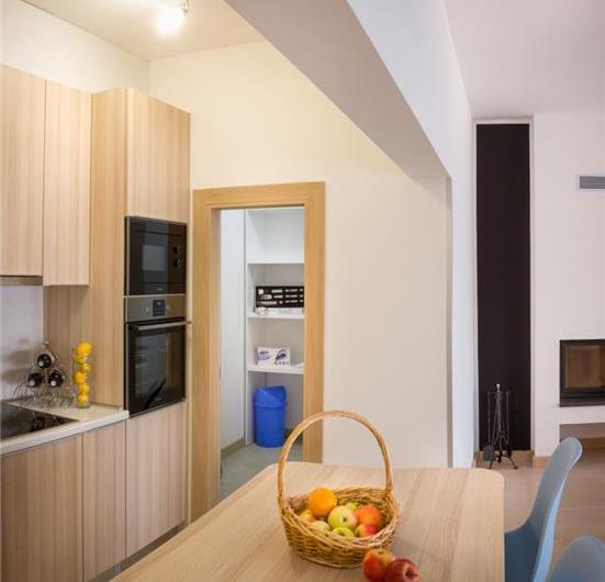 9 Bedroom Villa with Pool and Sea Views in Seget Vranjica near Trogir, sleeps 18