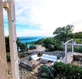 4 Bedroom Villa with Pool & Tennis Court near Jelsa, Hvar Island - sleeps 8-10